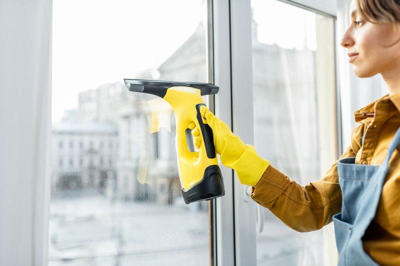 Fenstersauger im Einsatz