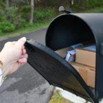 Öffnen eines Paketbriefkastens