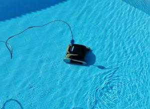 Poolroboter im Pool