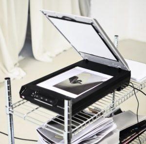 Test von Scanner mit schwarzweiß Foto