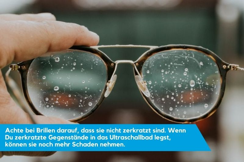 Nasse Brille