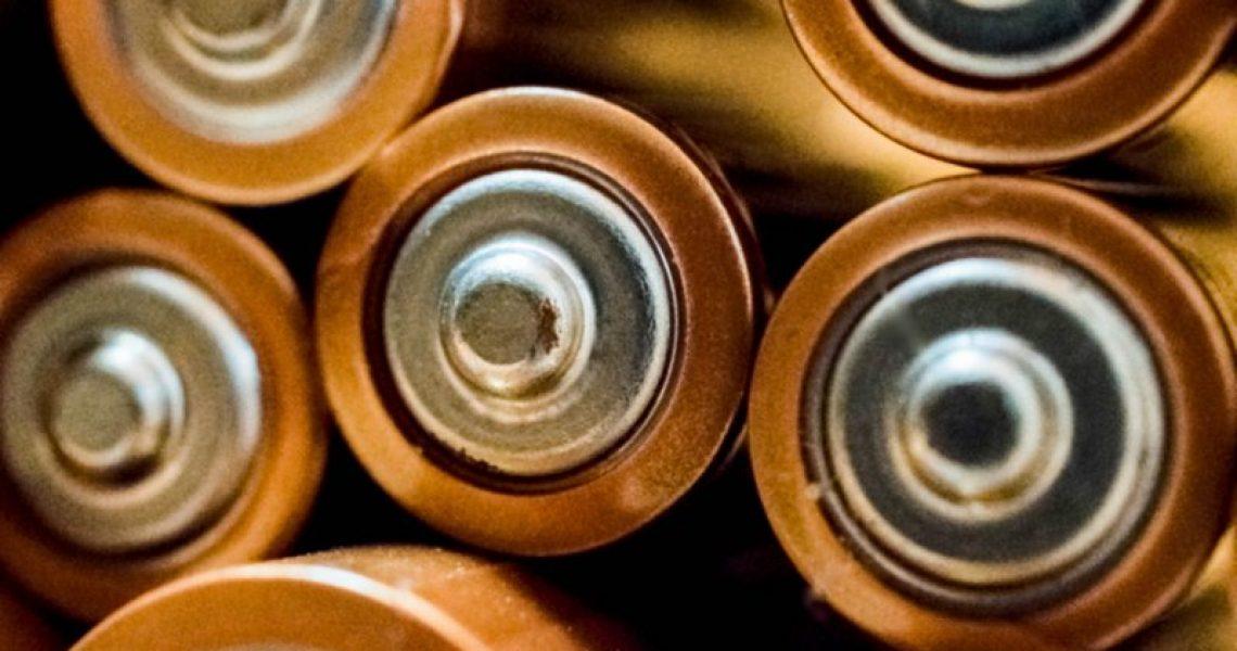 Batterien die in einem Batterietester getestet werden können